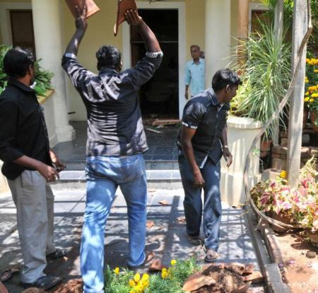 Aurobindu Ashram attacked by Dravidian group