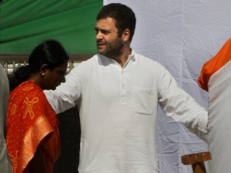 Rahul Gandhi meets potential Youth Congress candidates