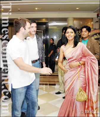 Rahul Gandhi-with Nandita Das-2009-TOI photo