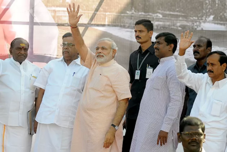 Narendra Modi received at Chennai Airport.3