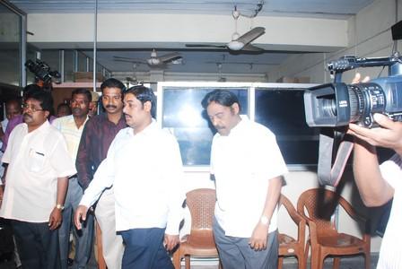 பி.ஆர்.பச்சமுத்து மகன் ரவி பச்சமுத்து  சென்னை சிபிஐ அலுவலகத்திற்கு நேரில் வந்தனர். 2013