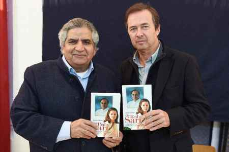 Javier Moro and Publisher Roli Books Pramod Kapoor launch The Red Sari A Dramatised Biography of Sonia Gandhi in New Delh