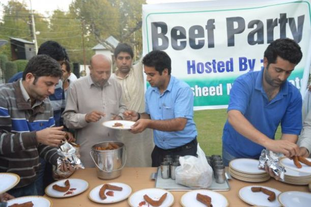People eating beef at the party in Srinagar -Photo- Deccan Chronicle