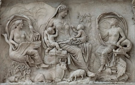 Bare-breasted goddesses on the Augustan Altar of Peace